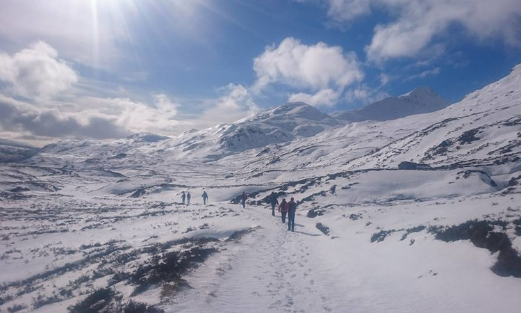 14 walk to the Lairig Leacach Bothy